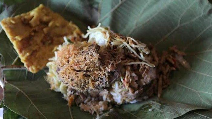 Nasi Godong Jati Khas Pacitan, Lauknya Beragam dari Urap Hingga Peyek Ikan Teri