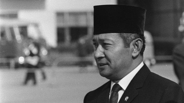 Soeharto Tanggapi Saran dengan Cara Tak Lazim: Cemberut & Bentak, Panglima Kodam Sampai Ketakutan
