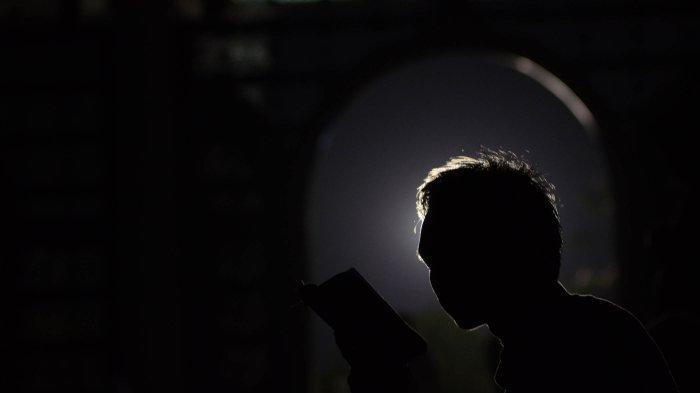 Tata Cara Sholat Tahajud di Bulan Ramadan Lengkap Doa Rasulullah dalam Bahasa Arab dan Terjemahan