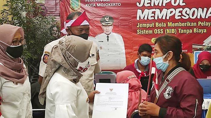 Pemkot Jemput Bola dan Gratiskan Biaya Perizinan Bagi Pelaku Usaha Kecil di Kota Mojokerto
