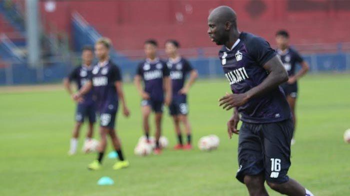 Hasil BRI LIGA 1, Persik 1 vs 0 Borneo FC, Adi Eko Jayanto Jadi Pahlawan, Debut Pahit Boaz Solossa