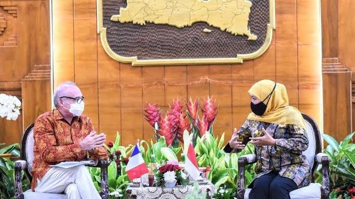 Dubes Prancis dan Gubernur Khofifah Bahas Kerja Sama Industri Halal dan Fashion UMKM Jatim