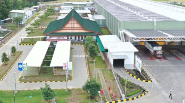 Pabrik Aqua Banyuwangi Terima Anugerah Pabrik Ramah Lingkungan, Predikat Emas Pertama di Indonesia
