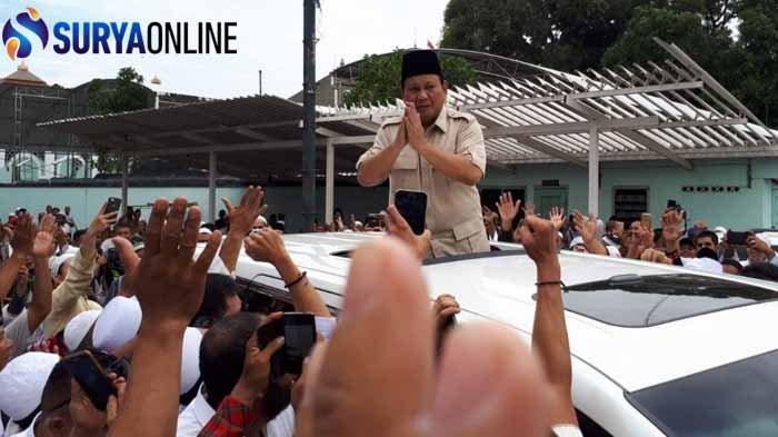 Prabowo Ziarah di Makam Sunan Ampel karena Imbauan Kiai Khos di Jawa Timur