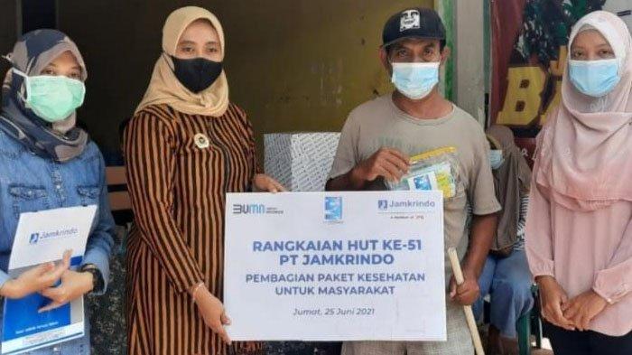 Cegah Penyebaran Covid-19, PT Jamkrindo Bagikan 5.100 Paket Kesehatan untuk Masyarakat
