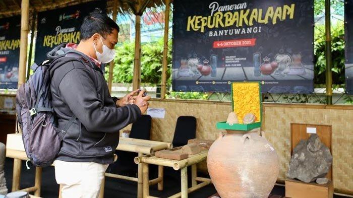 Berbagai Benda Bersejarah Dipamerkan di Pameran Kepurbakalaan Banyuwangi