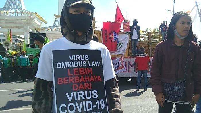 Pasal-Pasal Kontroversial Omnibus Law Cipta Kerja: Buruh Mogok Kerja Nasional