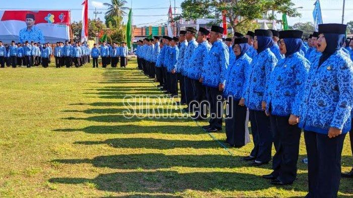 Upacara Peringatan HUT ke-48 Korpri, Bupati Blitar Mengajak Pegawai Bekerja Cepat dan Berinovasi