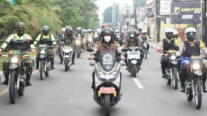 Para Pejabat Forkopimda Sidoarjo Keliling Pakai Motor, Pantau Natal di Sejumlah Gereja