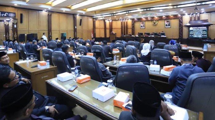DPRD Sidoarjo Ngotot Bahas PAK 2019