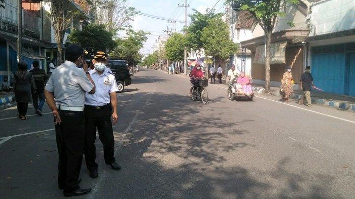 Tak Mau Parkir Berlangganan Dihambat Segelintir Orang, Dishub Bangkalan Tutup Jalur Pecinan
