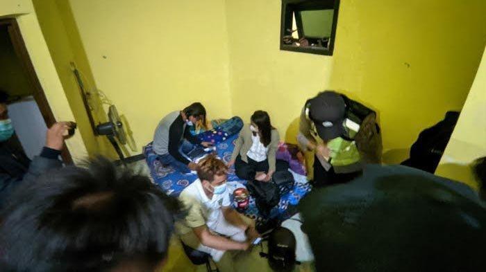 Tertangkap Basah Berduaan Dalam Kamar, 5 Pasangan Kumpul Kebo di Mojokerto Terjaring Razia