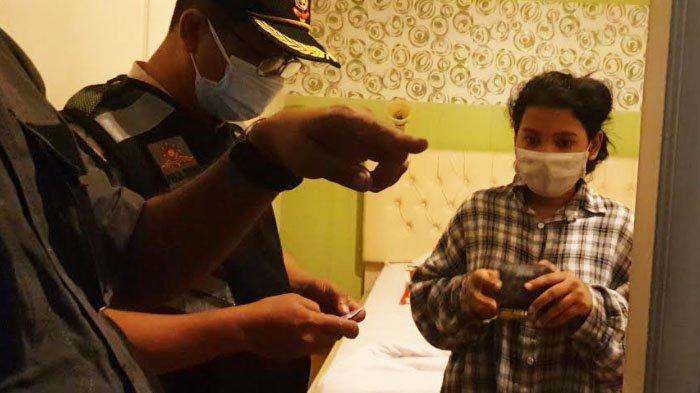 Pasangan Muda Mudi Bukan Pasutri Terjaring Razia di Kamar Hotel di Mojokerto, 2 Positif Narkoba