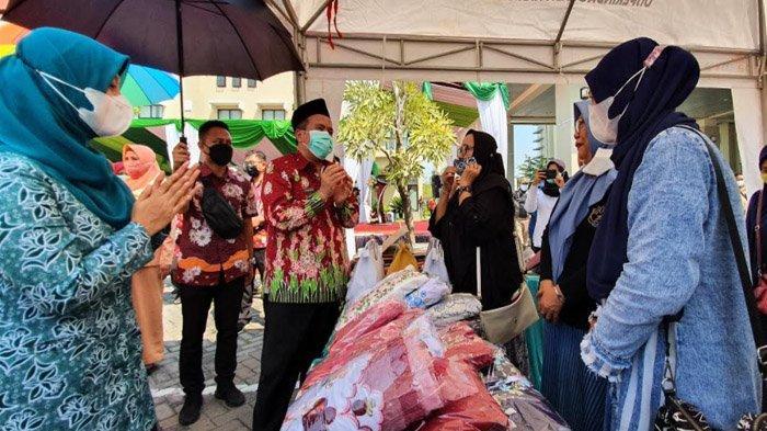 Pasar Murah Ramadhan Digelar Hybrid di Pasuruan, 'Klik' Lalu Diantar ke Alamat