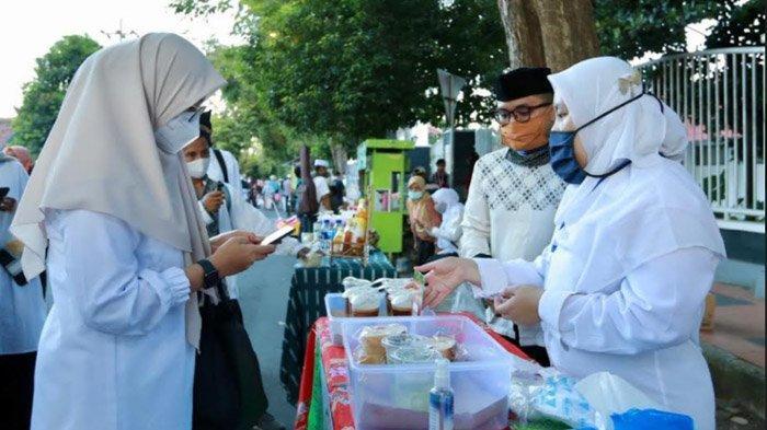 Tak Biarkan Covid-19 Hambat Geliat Ekonomi UMKM, Pasar Takjil Digelar Serentak di Banyuwangi