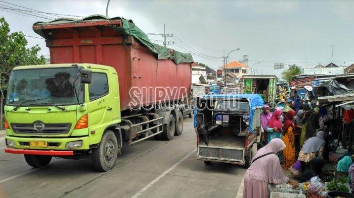 Jelang Puncak Arus Mudik Lebaran, Waspada Pasar Tumpah di Pantura Tuban