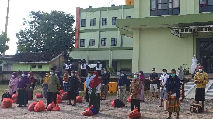 79 Pasien Covid-19 Klaster Hajatan di Kabupaten Madiun Dipulangkan untuk Karantina Mandiri