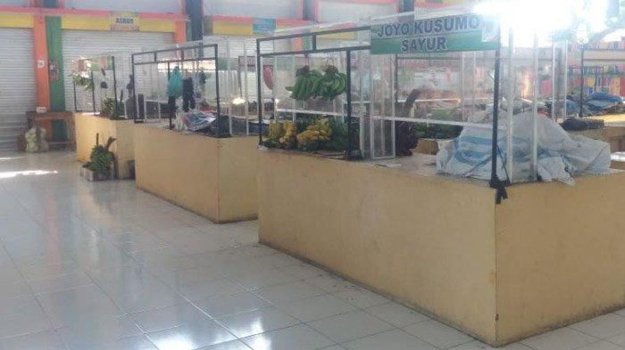 Hindari Tim Tracing Covid-19 Situbondo, Semua Pedagang Pasar Mangaran Kompak Tidak Berjualan