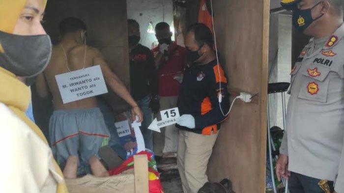 Reka Ulang Pembunuhan Wanita Terapis Pijat di Mojokerto: Tersangka Nonton Viedo Panas lebih Duluh