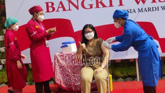 Pelaku Usaha Pariwisata di Kota Malang Mulai Disuntik Vaksin Covid-19