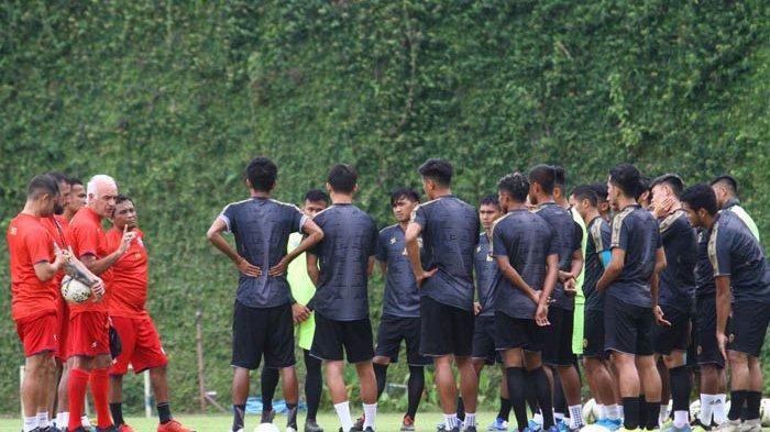 Arema FC Agendakan Berkumpul pada Agustus untuk Siapkan Lanjutan Liga 1 2020