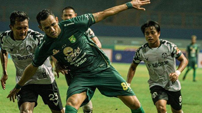 Jose Wilkson saat melawan Tira Persikabo