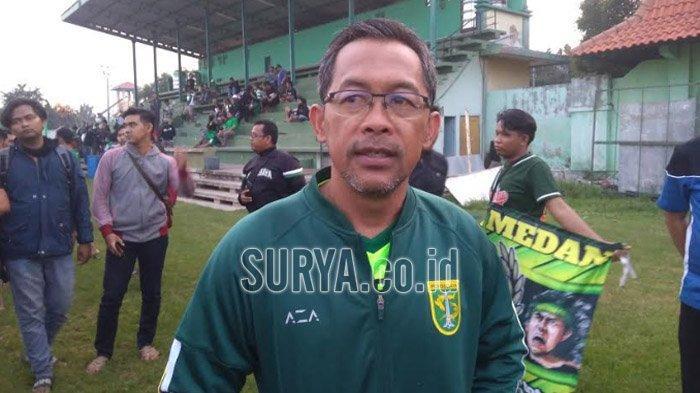 Hindari Resiko Cedera, Aji Santoso Belum Pasti Turunkan David dan Silva dan Konate Lawan Sabah FA