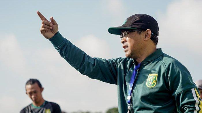 Cara Aji Santoso Percepat Adaptasi Pemain Asing di Persebaya Surabaya