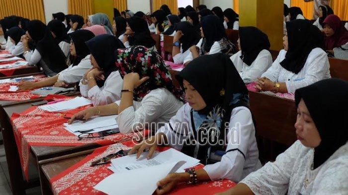 Gampang Dibuat dan Murah, Keunggulan Batik Ciprat untuk Pelatihan Ibu-ibu di Trenggalek