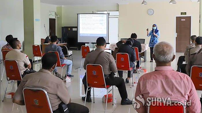 Pemkot Tingkatkan Tim Tracing di Surabaya, Masifkan Pelacakan Kasus Covid-19