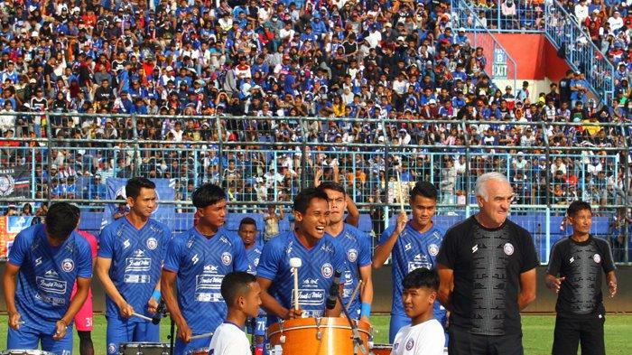 Pesan Penting Mario Gomez kepada Lima Pemain Arema FC yang Dipanggil Timnas Indonesia