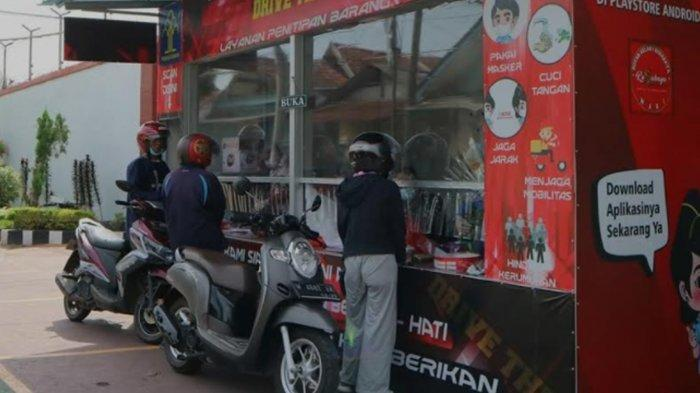 Hari Libur Lebaran, Layanan Drive Thru Rutan Medaeng Surabaya Ramai Keluarga Napi