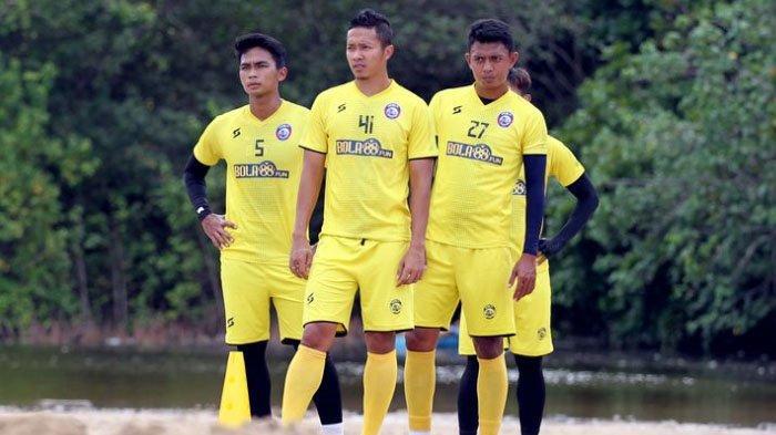 Bantu Striker Arema FC Cetak Banyak Gol, Hanif Sjahbandi akan Maksimalkan Suplai Assist