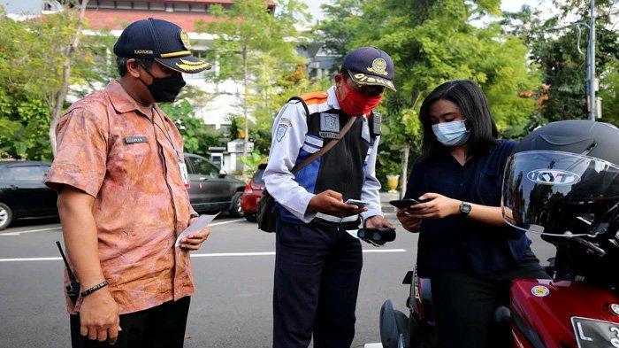 Pembayaran Parkir di Surabaya Mulai Memakai QRIS, Efektif untuk Hindari Paparan Covid-19