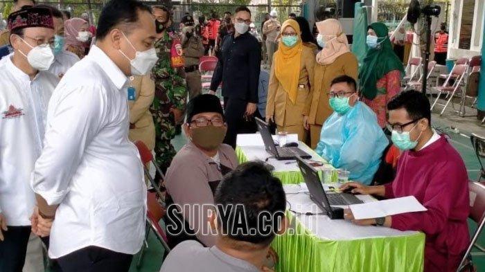 Cak Eri Kunjungi Masjid Cheng Hoo, Pantau Vaksinasi Ribuan Takmir Masjid di Kota Surabaya