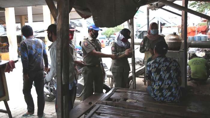 Warga Tuban Banyak Terjaring Razia Tak Pakai Bermasker, Tim Gabungan Terapkan Perbup 65/2020