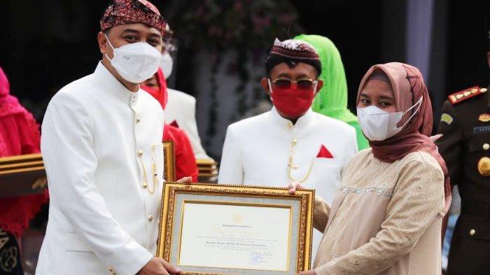 Di Peringatan Hari Jadi Ke-728 Surabaya, Pemkot Beri Penghargaan Patriot Nanggala 402