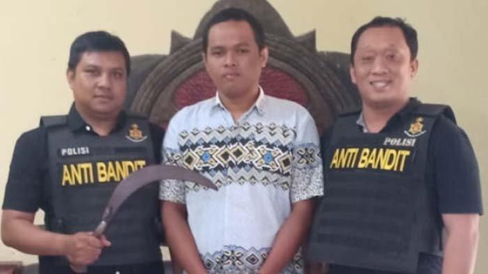 Pemuda dari Lontar Surabaya Bacok Teman Karena Kalah Debat Saat Mabuk