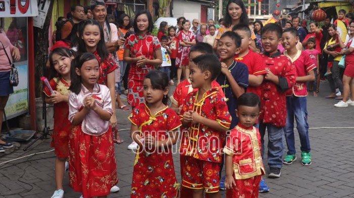 Seperti Ini Kemeriahan Perayaan Imlek di Kampung Pecinan Tambak Bayan Surabaya