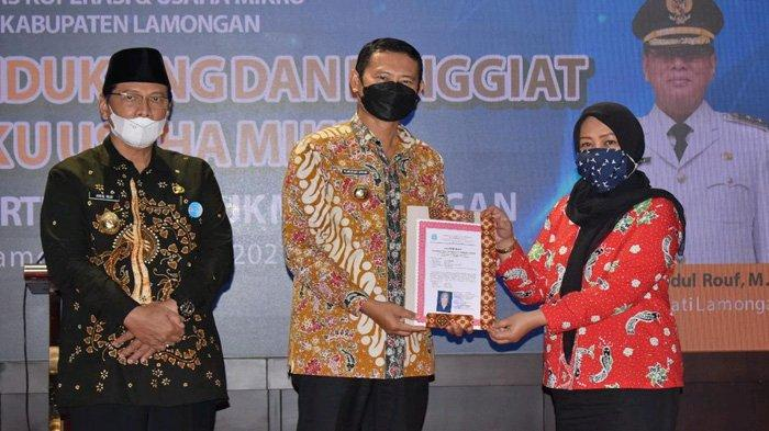 Menggerakkan Kembali Kekuatan UMKM Lamongan, Bupati Yuhronur Ingatkan Peran Koperasi