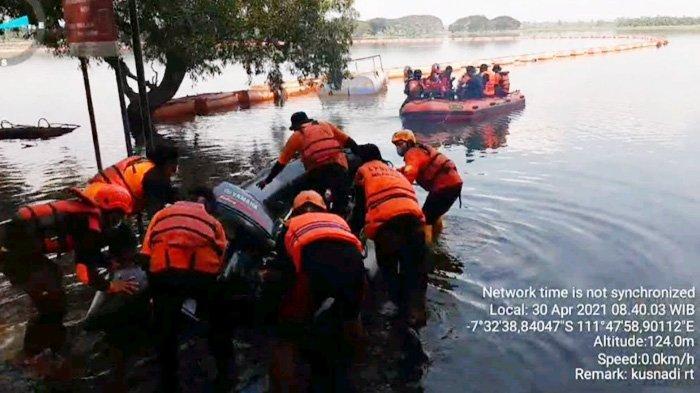 Ratusan Personel Mengaduk Waduk Widas, Jasad Pemancing di Madiun Tak Ditemukan
