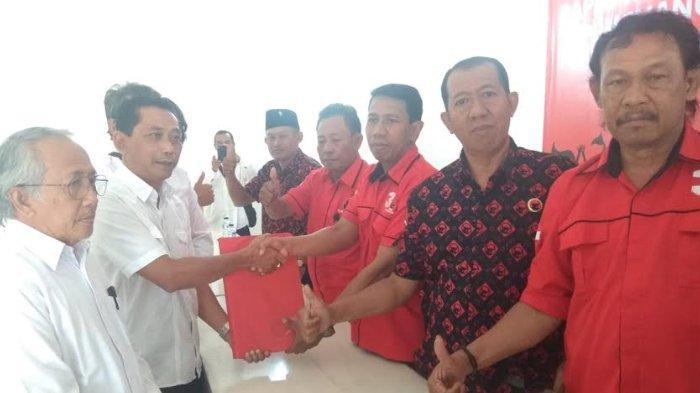 Pilbup Kediri, Empat Pendaftar Kembalikan Formulir ke PDIP