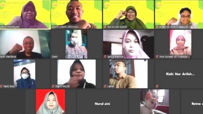 PIHAT UPN Veteran Jatim Beri Pelatihan Pendidikan Karakter lewat Game kepada Guru SD di Yogyakarta