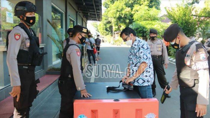 Akses Masuk Polres Tuban Diperketat Pasca Aksi Teror di Makassar dan Mabes Polri