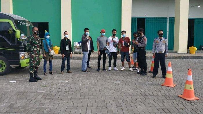 Swab Test di Surabaya Negatif, 22 TKI Tetap Dilarang Langsung Pulang