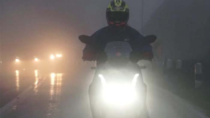 Tips Berkendara yang Benar dan Aman di saat Musim Penghujan ala Istruktur Safety Riding MPM Honda