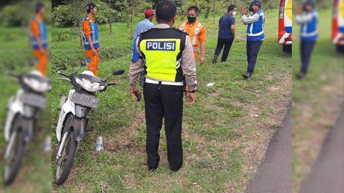 Pengendara Motor Terperosok saat Keliru Masuk Ruas Tol Sidoarjo, Polisi : Kondisinya Tak Sehat