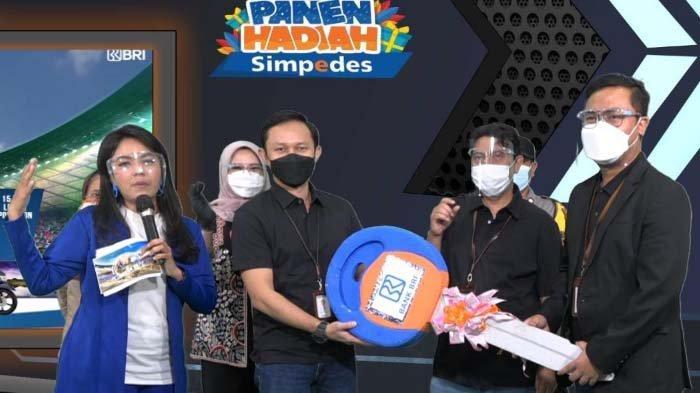 PHS Dorong Peningkatan Jumlah Nasabah Simpedes di BRI Kanca Surabaya Manukan