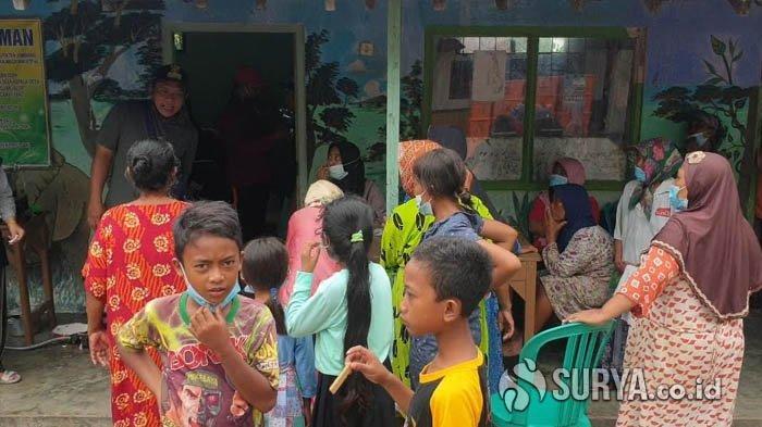 Ratusan Korban Banjir Jombang Butuh Alas Tempat Tidur dan Pakaian Kering di Pengungsian