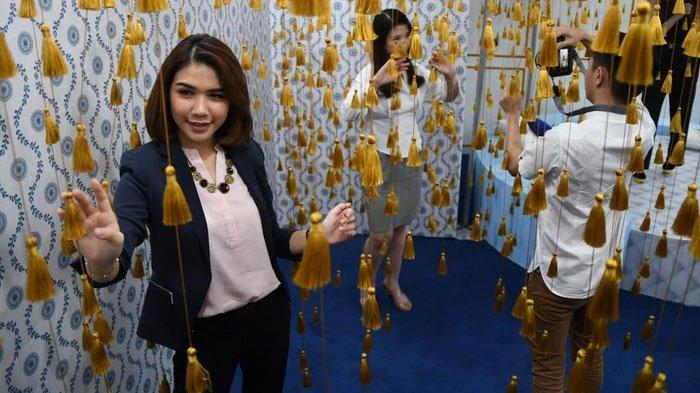 Serunya Belanja sambil Foto di Instalasi Seni ala Grand Budapest 'Mizzu Mansion' di TP 6 Surabaya